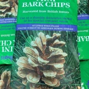 Godwins mini bark chips 65L