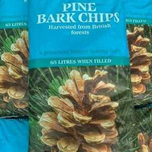 Godwins Pine bark chips 65L
