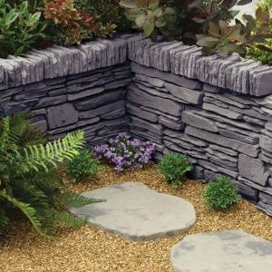 Daleside walling Blocks in valley slate