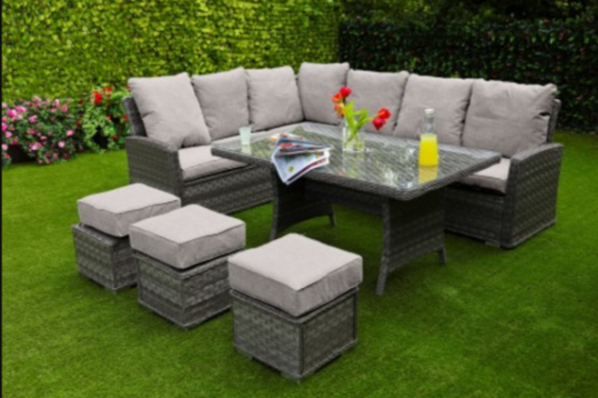 Weave Garden Furniture Sets – A Must Have In Your Garden For 2017