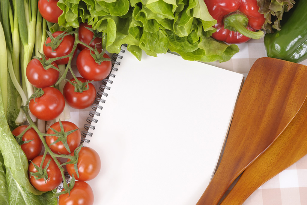Create Your Fresh Salad Bar